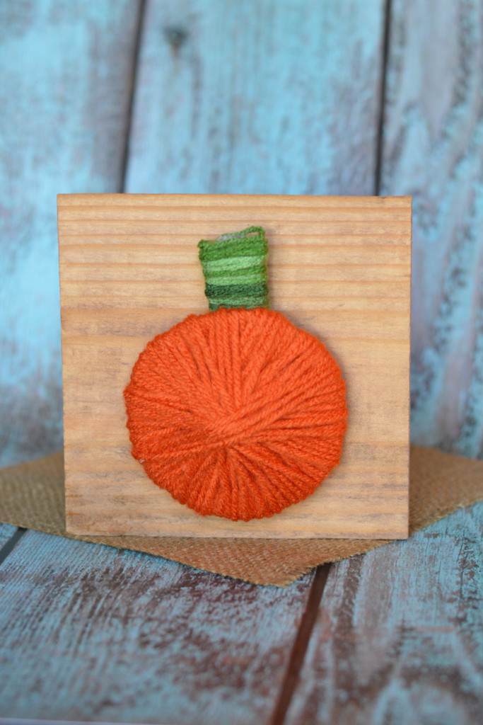 Fall decor yarn pumpkin