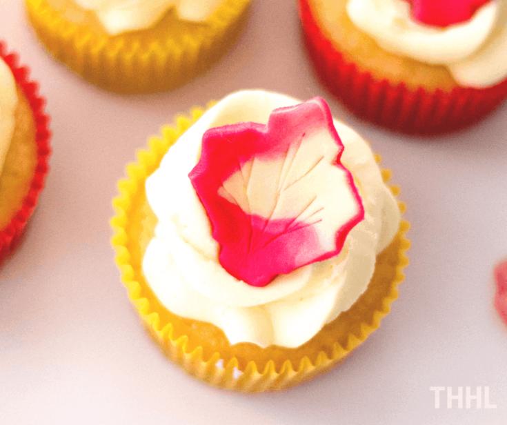 Maple Leaf Autumn Cupcakes